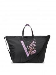 Prostorná černá taška Victorias Secret