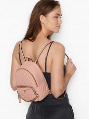 Růžový batůžek se zlatými detaily