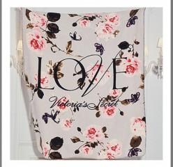 Victorias Secret velká deka s květinovým vzorem