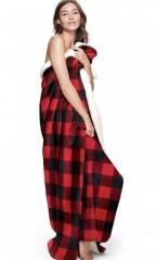 VS PINK kostkovaná červenočerná deka