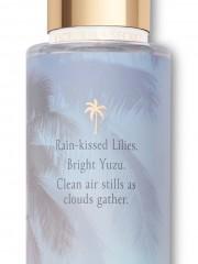 Dámský tělový sprej s vůní lilií a yuzu