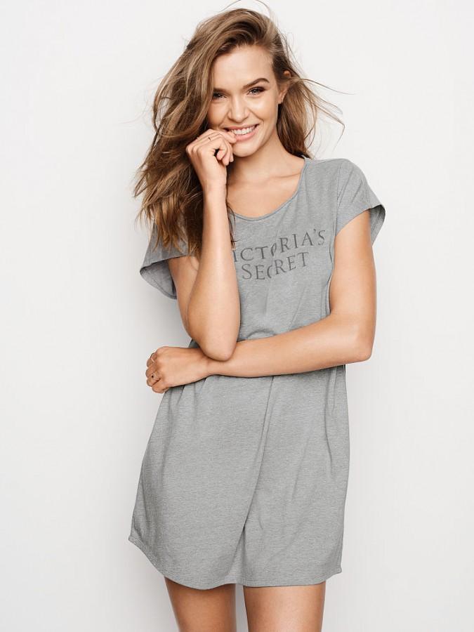 Noční košile Victoria s Secret Angel Sleep Tee  c220a887c7