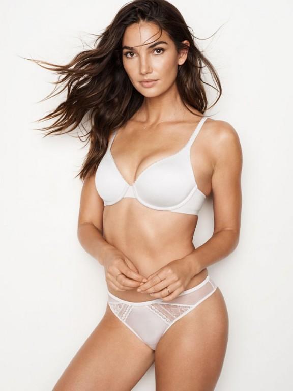 Victoria's Secret luxusní bílá tanga s krajkou Thong Panty