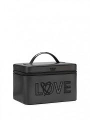 Černý koženkový kosmetický kufřík LOVE