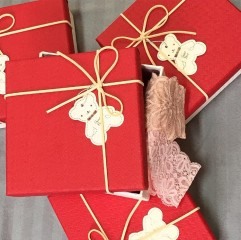 Balení vánočního setu kalhotek