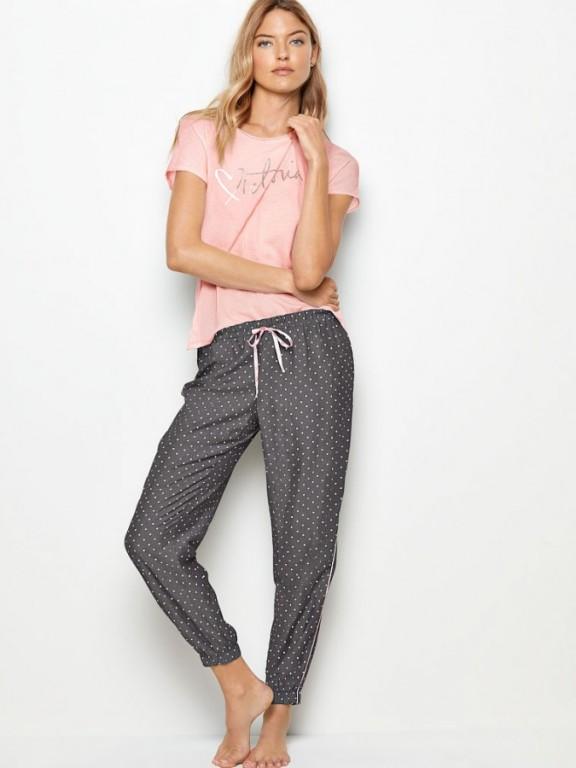 Pohodlné pyžamo Scoopneck Graphic Tee + Print Flannel Jogger