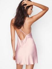 Sexy růžová saténová noční košilka Victorias Secret