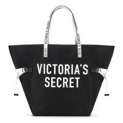 Prostorná černá taška s nápisem