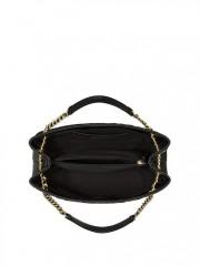 Vnitřní uspořádání kabelky Victorias Secret