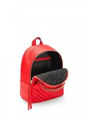 Červený koženkový batůžek s kapsami