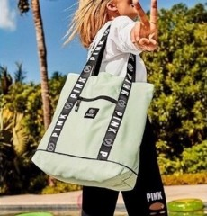Victoria's Secret PINK taška Travel Tote zelená č.1