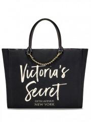 Černá plátěná taška Victorias Secret s ozdobným řetízkem