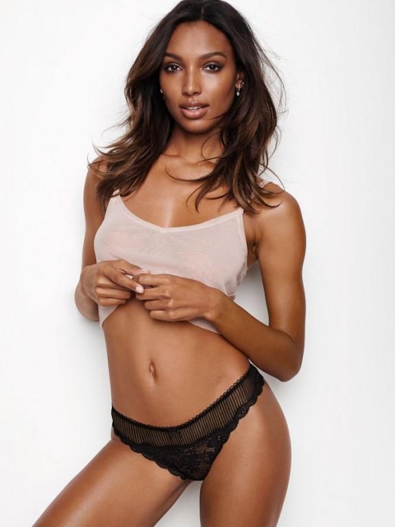 Victoria's Secret krajková luxusní sexy tanga Floral Lace & Stripe Thong Black