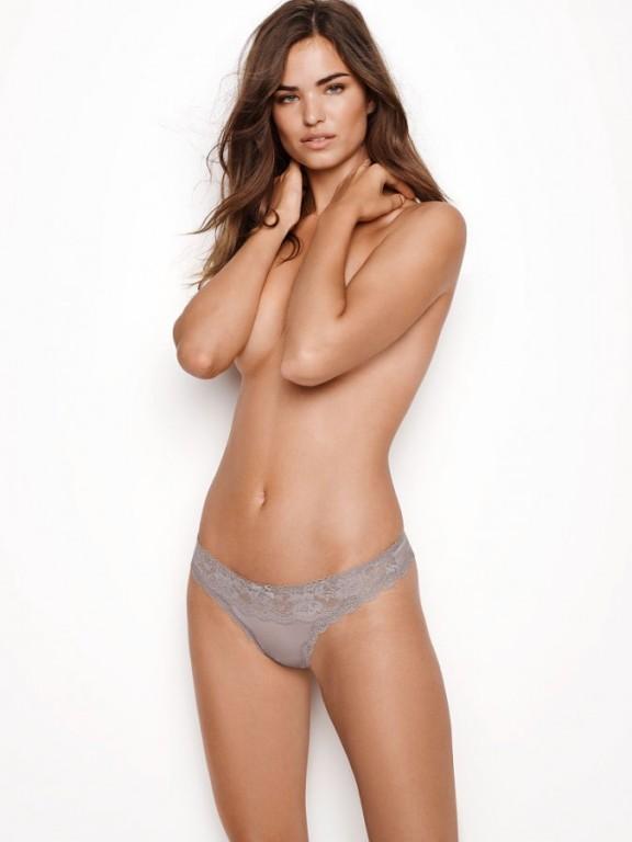 Victoria's Secret luxusní tanga Floral Lace Thong