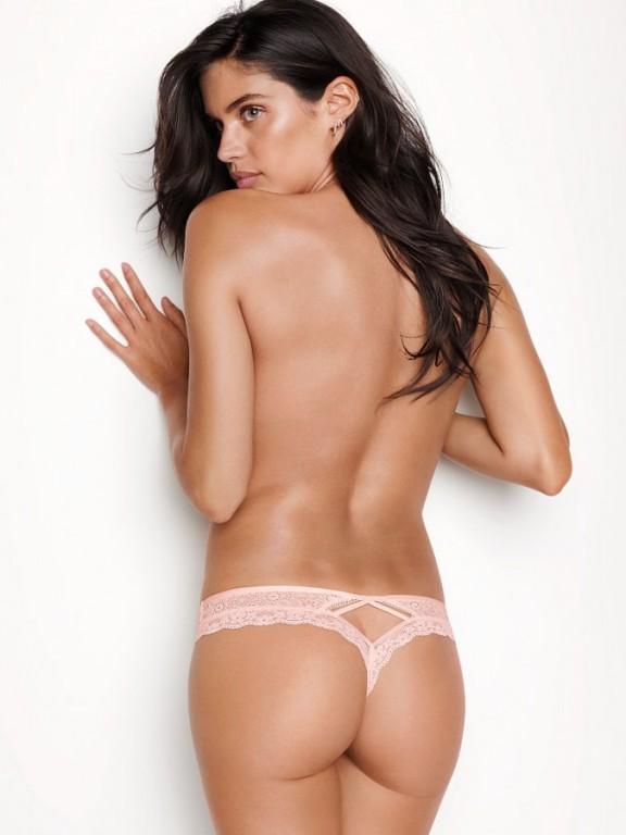 Victoria's Secret růžová sexy luxusní krajková tanga Wildflower Lace Thong
