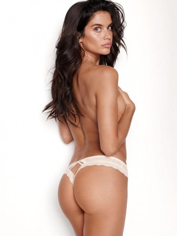 Victoria's Secret krémová sexy luxusní krajková tanga Wildflower Lace Thong