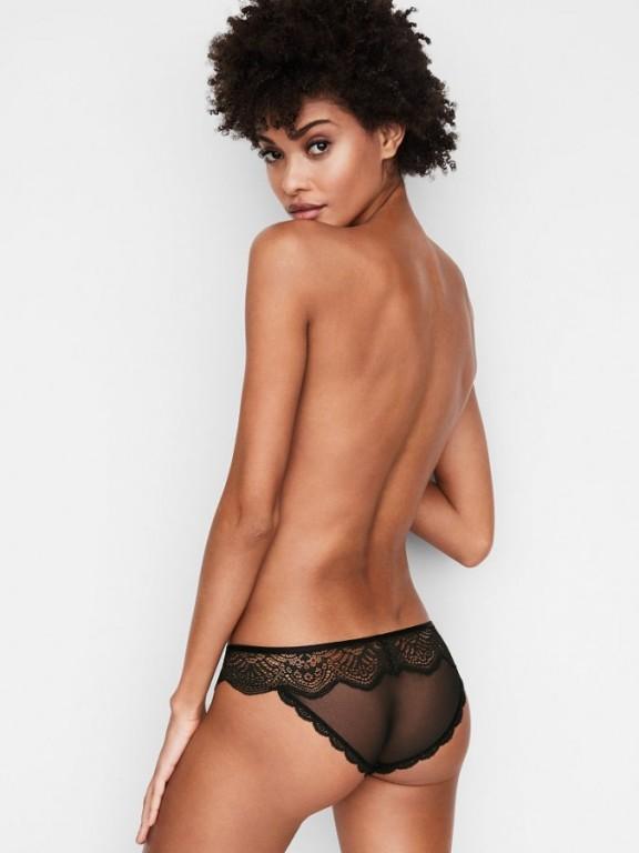 Victoria's Secret sexy krajkové černé kalhotky Floral Lace Cheekini