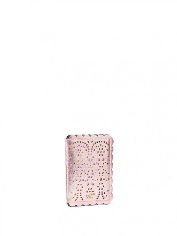 Victoria's Secret růžové pouzdro na cestovní pas Passport Cover
