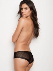 Černé bezešvé kalhotky s transparentní zadní částí