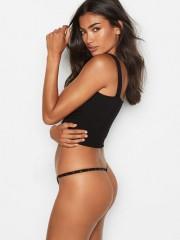 Černé v-string kalhotky Victorias Secret