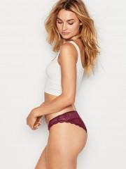 Victorias Secret hladké kalhotky doplněné luxusní krajkou