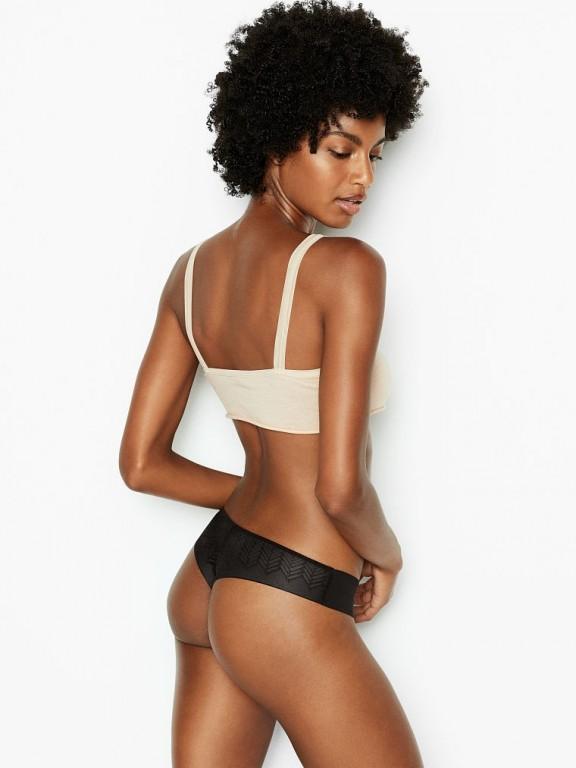 Victoria's Secret černá tanga No-show Geo Mesh Thong Panty