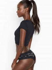 Victorias Secret černé brazilské kalhotky s nápisy