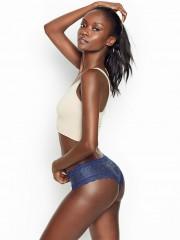 Luxusní třpytivé kalhotky Victorias Secret