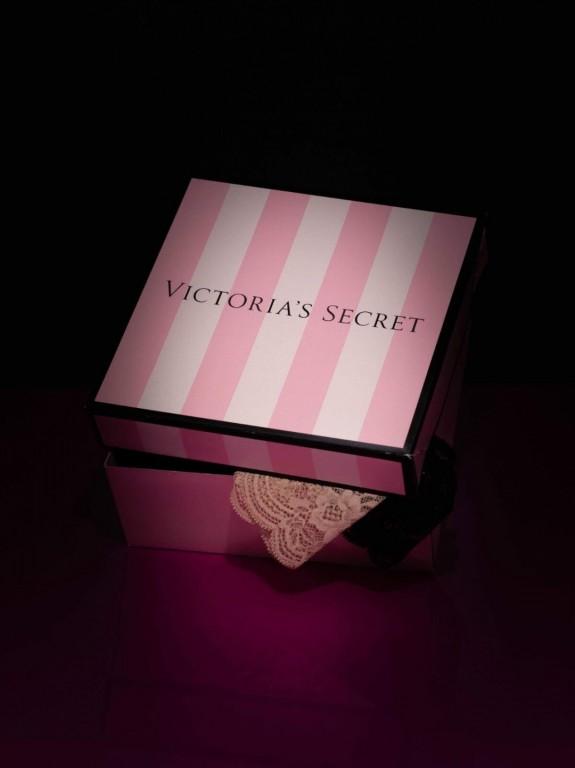 Victoria's Secret stylové vánoční balení kalhotek 5 ks