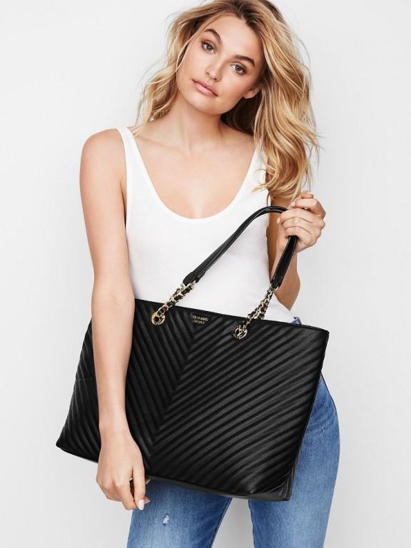 Victoria's Secret luxusní černá koženková taška Pebbled V-Quilt Everything Tote