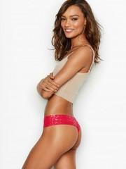 Victorias Secret červená bezešvá tanga s blýskavým vzorem