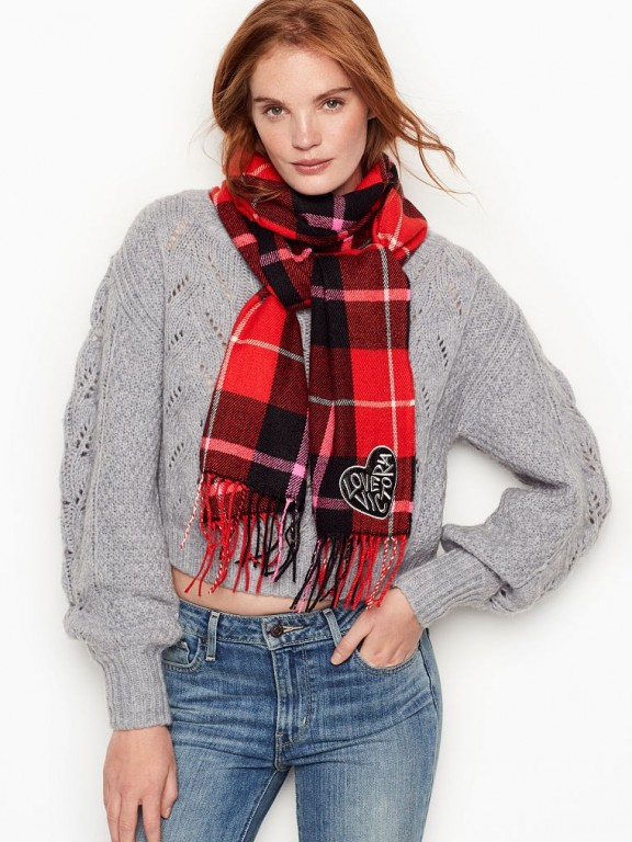 Victoria's Secret zimní šála Winter Angel Red Plaid Check Scarf