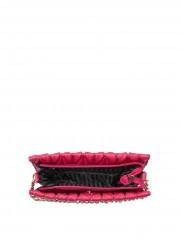 Růžová kabelka se zapínáním na zip a s kapsičkou na magnet